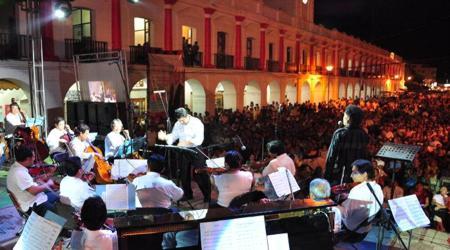 magno-concierto-en-juchitan