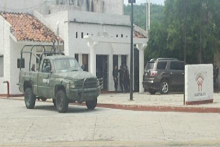 Policías de Huatulco detenidos por presuntos homicidas