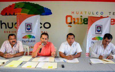 Fomenta Gobierno Municipal ocupación laboral con Feria de Empleo Huatulco 2016