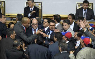 Los diputados deciden enjuiciar a Maduro en Venezuela
