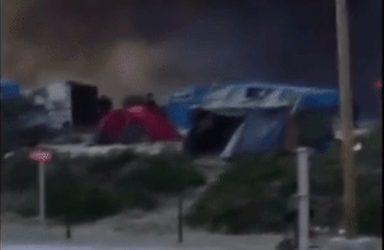 Provocan incendios en campamento de migrantes en Francia
