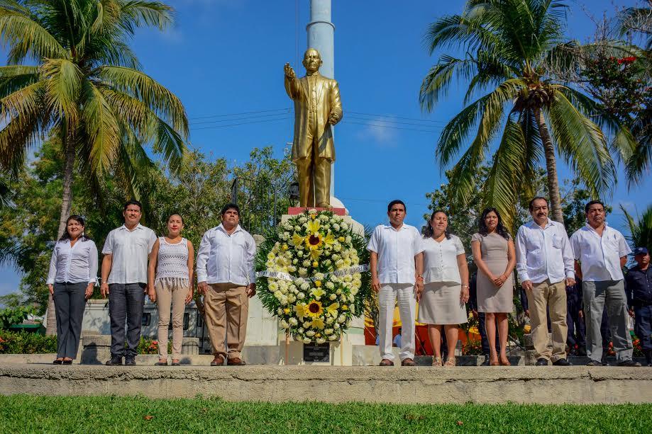 Gobierno Municipal de Huatulco conmemora Aniversario del Natalicio del Lic. Benito Juárez