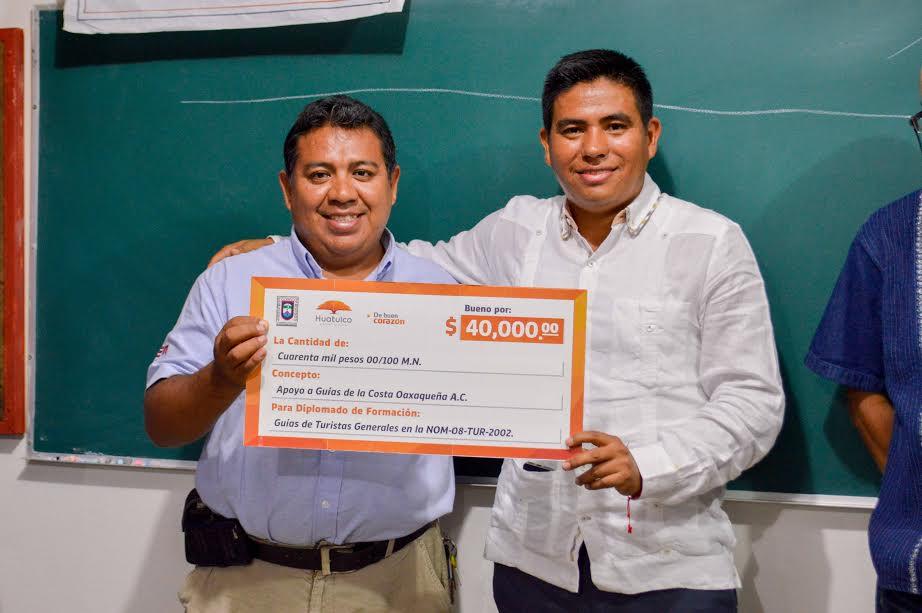 Gobierno de Huatulco apoya a diplomado en Guías de Turistas Generales