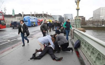 Tiroteo a las puertas del Parlamento británico en Londres deja varios heridos