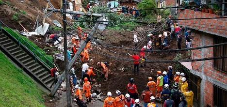 Nueva tragedia en Colombia por deslaves que dejan 16 muertos