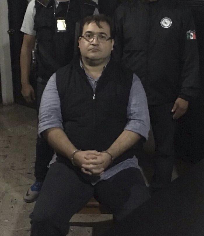 DEPARTAMENTO DE SOLOLÁ, GUATEMALA, 15ABRIL2017.- Javier Duarte, ex gobernador de Guatemala, fue aprehendido por la policía de Guatemala, así lo informó la Procuraduría General de la República. El priista es buscado por la su probable responsabilidad en la comisión de los delitos de delincuencia organizada y operación con recursos de procedencia ilícita. FOTO: ESPECIAL /CUARTOSCURO.COM