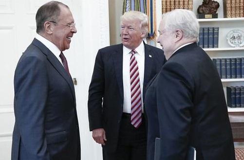 Donald Trump y la información clasificada que no debió revelar