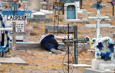 Cd Juárez: Lo ejecutan en el pateón