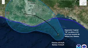 """Tormenta Tropical """"Calvin"""" toca tierra en la Costa de Oaxaca"""
