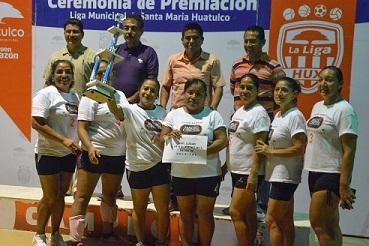 Juegan final de liga municipal hux en voleibol for Liga municipal marca