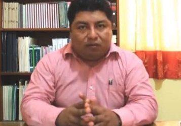 El comando tomó Hidalgotitán, y la policía huyó.