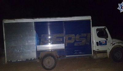 Recupera policía estatal automóvil con reporte de robo de la empresa Pepsi en Pinotepa nacional
