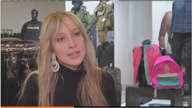 Éxito de las mochilas antibalas fabricadas en Colombia