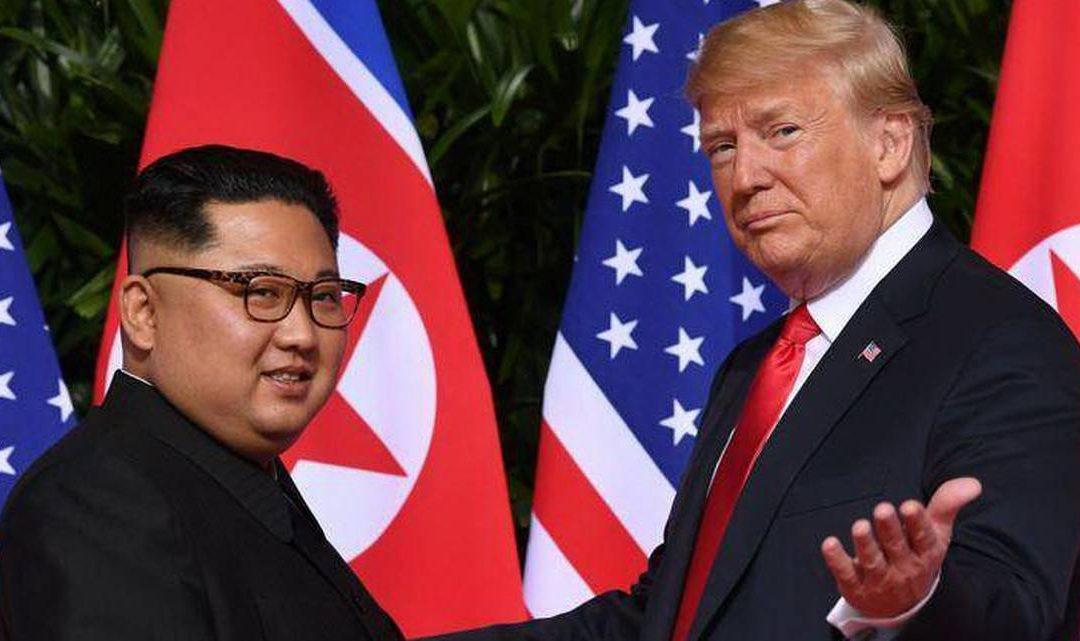 """Trump afirma que el mundo está ahora más lejos de una """"catástrofe nuclear"""""""
