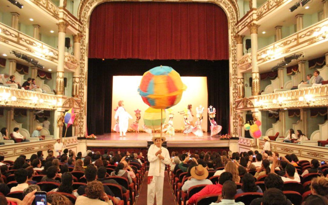 Inicia programa cultural de Guelaguetza en el Teatro Alcalá