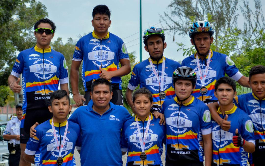 Huatulco celebra Fiestas Patrias con actividades deportivas