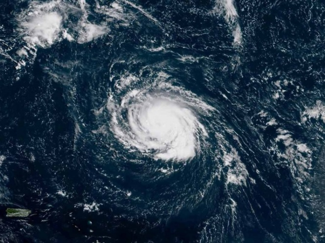 'Florence' ya es categoría 4 y obliga a evacuaciones en EU