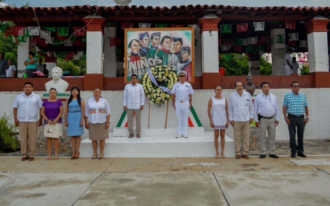 Huatulco conmemora a los Niños Héroes de Chapultepec