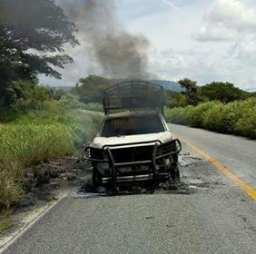 Se incendia carro camino a Mancuernas