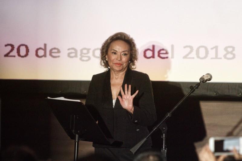Elba Esther reclama su lugar al frente del SNTE