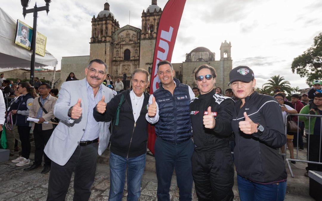 Alejandro Murat dio banderazo de salida de la Carrera Panamericana