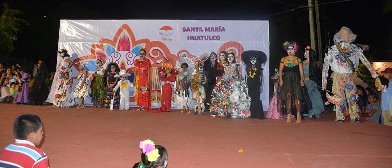 Huatulco celebra Día de Muertos
