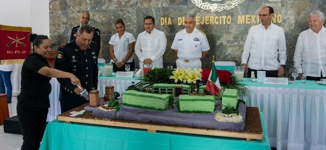 Celebra Ayuntamiento acto conmemorativo al 106 Aniversario del Ejército Mexicano