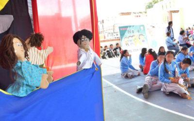 """Difunde IEEPO temas educativos con """"Teatrín Mágico de los Niños"""""""