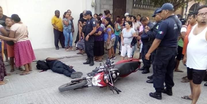 Ejecutan a balazos a policía municipal en Juchitán