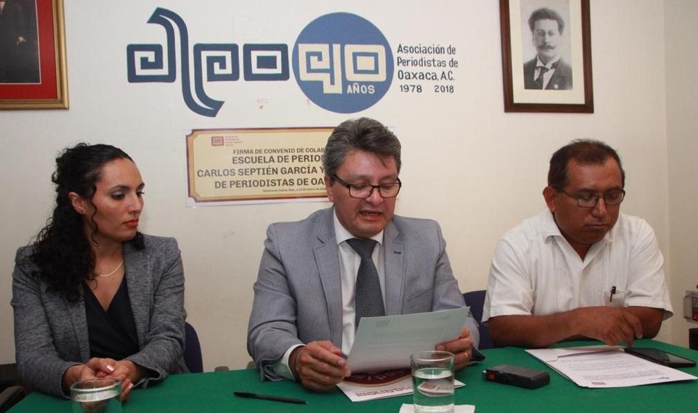 Firman Carlos Septién y APO convenio de colaboración
