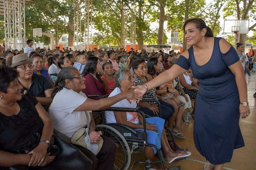 Nosotras somos el pilar fundamental de un hogar: Reyna Olmedo Flores