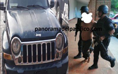 Detiene a delincuente después de robarle a tres carros, por denuncia de prestadores de servicios de Huatulco