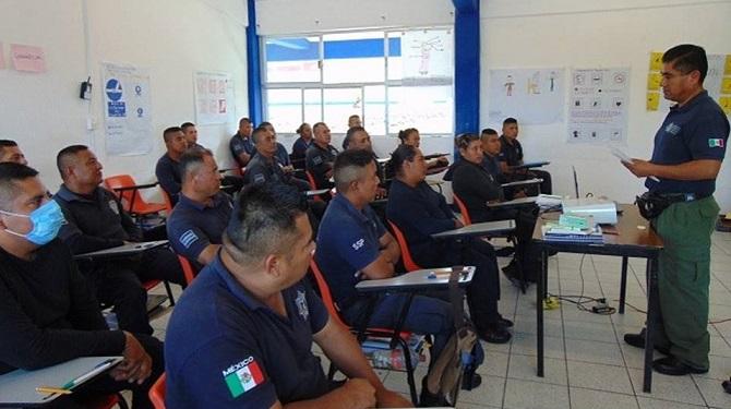 Culminan 144 elementos policiales capacitaciones de Formación Inicial y Competencias Básicas