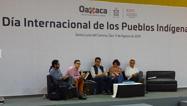 Apoya IEEPO rescate, desarrollo y estudio de lenguas indígenas en Oaxaca  • Se presentó un álbum literario bilingüe y tres obras académicas que buscan