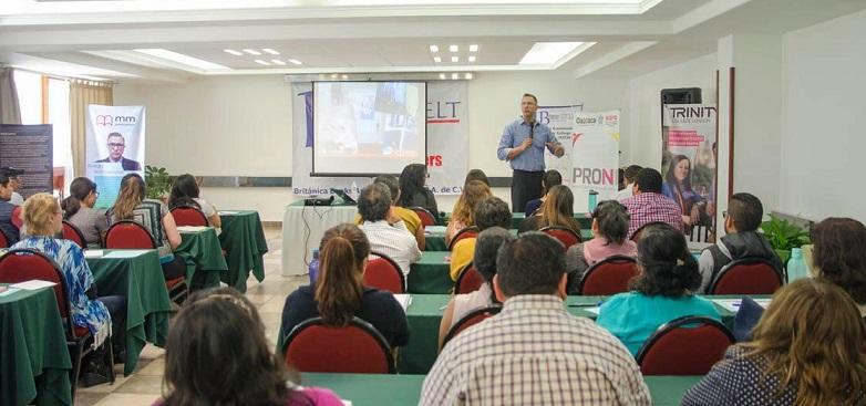 Convoca IEEPO a maestros de inglés de nivel básico a talleres en la ciudad de Oaxaca y Puerto Escondido