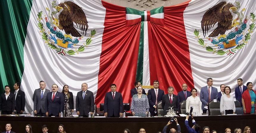 Morena desiste de mantener presidencia de la Cámara de Diputados y la cede al PAN