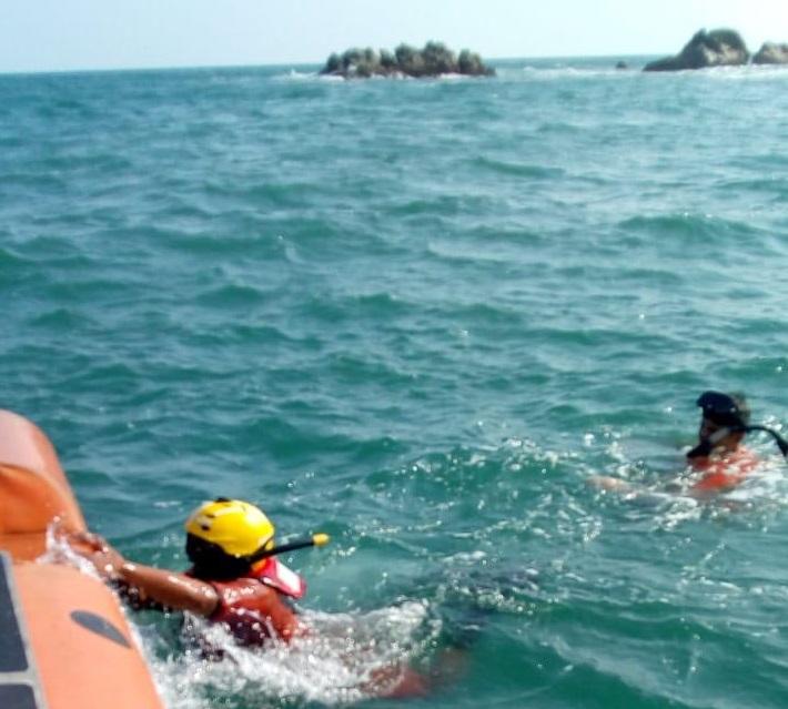 La marina rescata a una persona en Huatulco