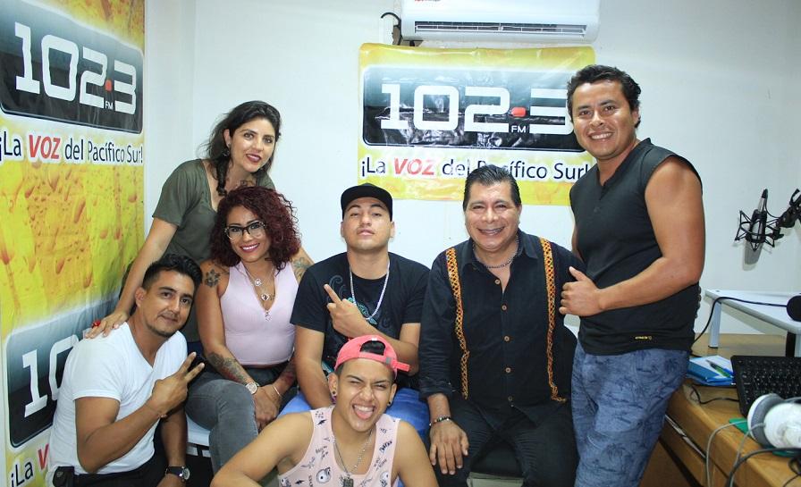 Cantante de Género Urbano Go Juárez se presentó con mucho éxito en Huatulco