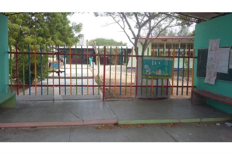 Pide IEEPO a las autoridades escolares evitar cobros por documentación y reuniones en instalaciones de escuelas