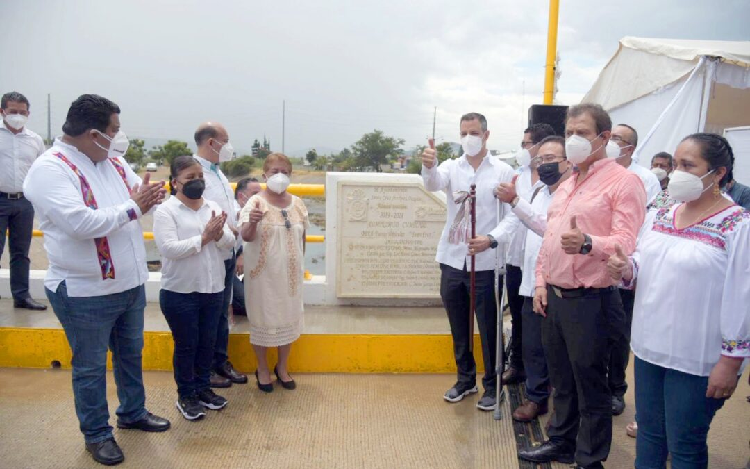 Fortalece Gobierno de Oaxaca infraestructura deSanta Cruz Amilpas
