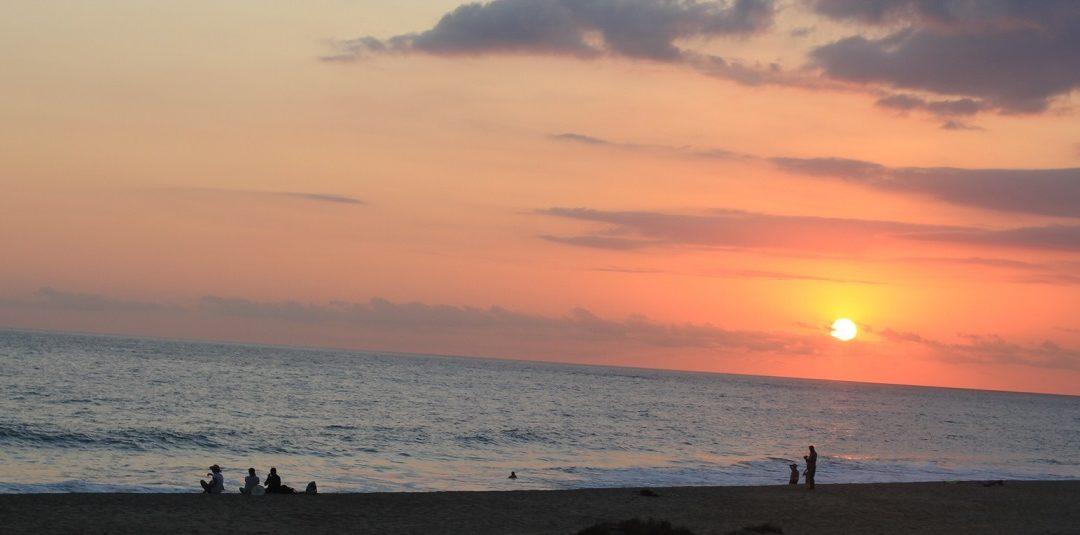 Puestas de sol sublimes sólo en la Playa Bacocho